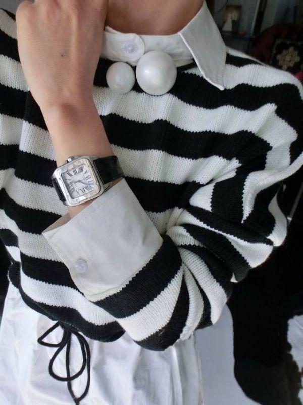 เสื้อกันหนาวพร้อมส่ง : สเวตเตอร์ลายขาวดำ fake 2 ชั้นเอวผูกไส้ไก่
