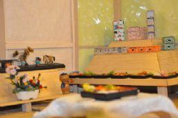12. ตู้อาหารญี่ปุ่นจิ๋ว
