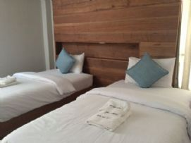 ห้องพัก (เตียงคู่ อาคาร2)