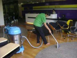 บริการ ทำความสะอาด ซักพรม 03