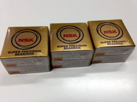 ตลับลูกปืน NSK SUPER PRECISION BEARINGS 7004CTYNDULP4